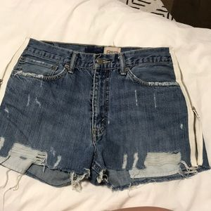 NWT - LF re done Levi's Shorts